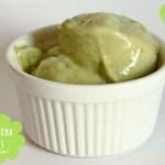 Matcha-Bananen-Eis oder Bananen-Eis
