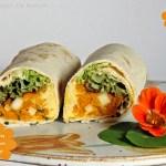 Kürbis Birnen Wrap mit Hummus fürs Blogevent #kürbirne #vegan