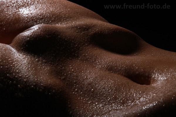 Frauenkörper, Bauch, Schambereich