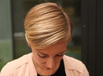 Kurze Haare Jeden Tag Neu Stylen Tag 1 Freundin De