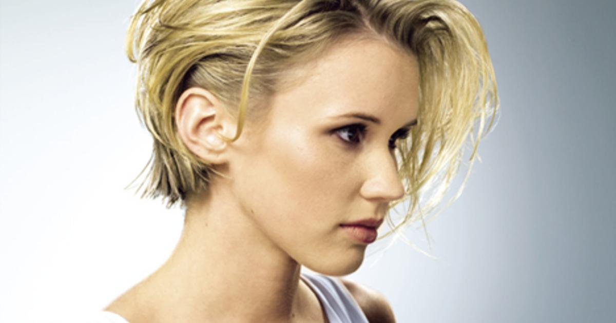 Haare Nach Hinten Stylen Frau kurze haare nach hinten