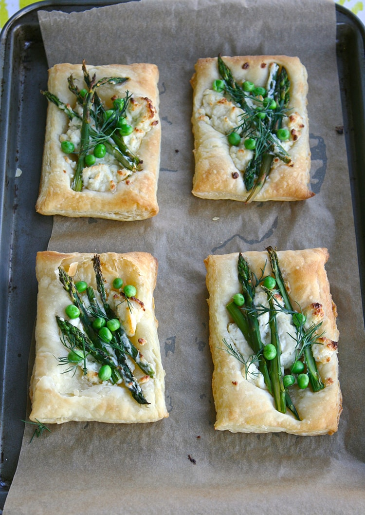 Spring-Veggie-Pizzas