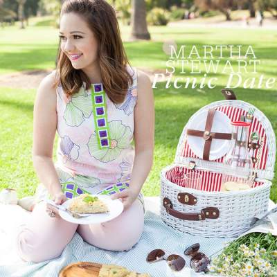 A Picnic Date with Martha Stewart