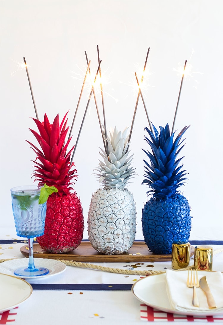 4th of july pineapple sparkler centerpieces Ananas dekoration