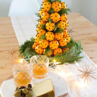 How to Make an Orange & Clove Christmas Topiary