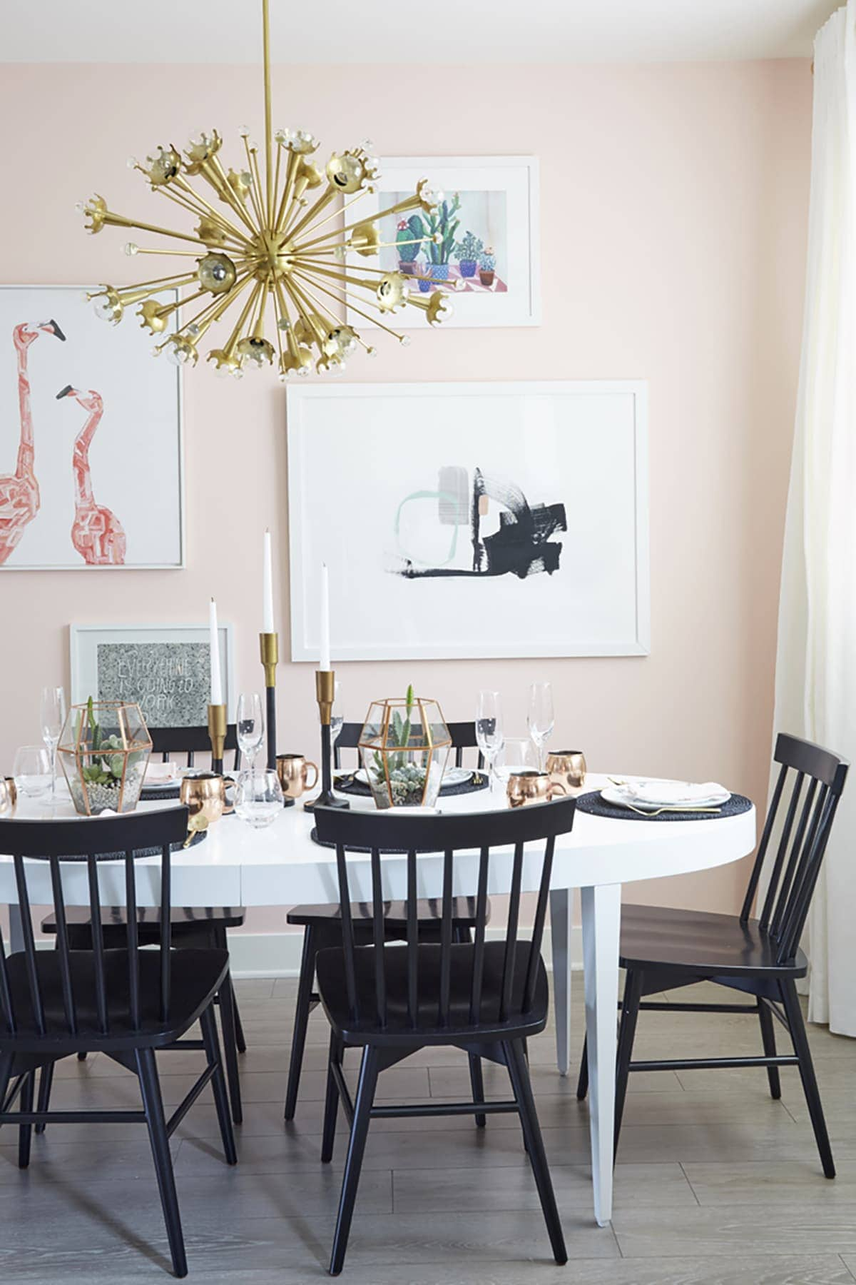 Merveilleux Pale Pink Dining Room