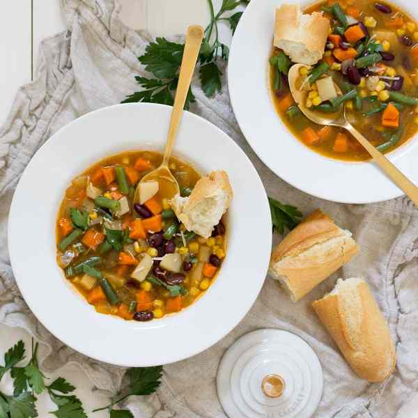 Vegetable Tomato Pesto Soup