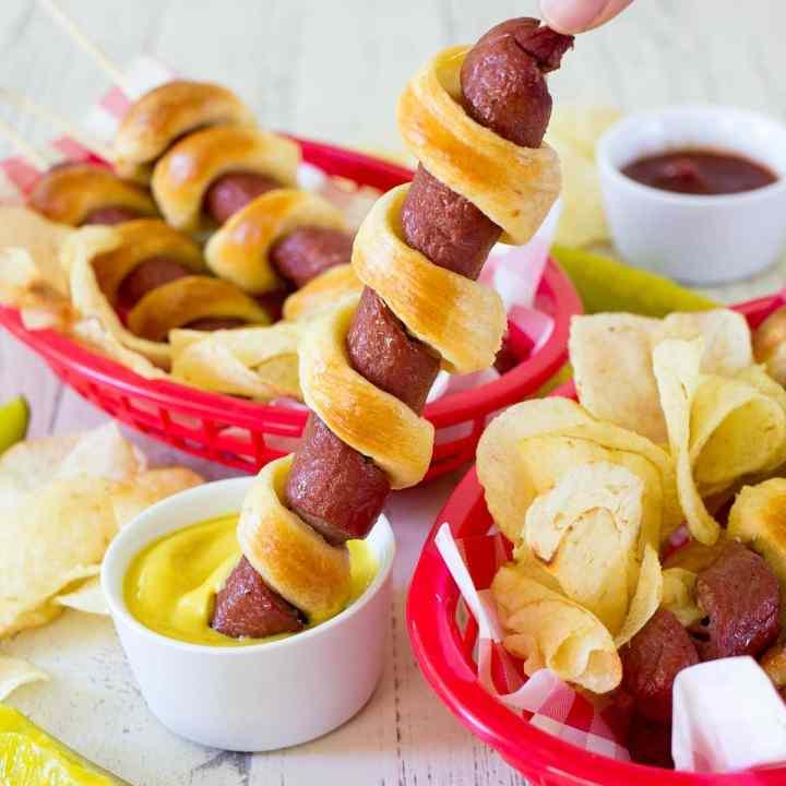 Easy 3-Ingredient Tornado Hot Dogs