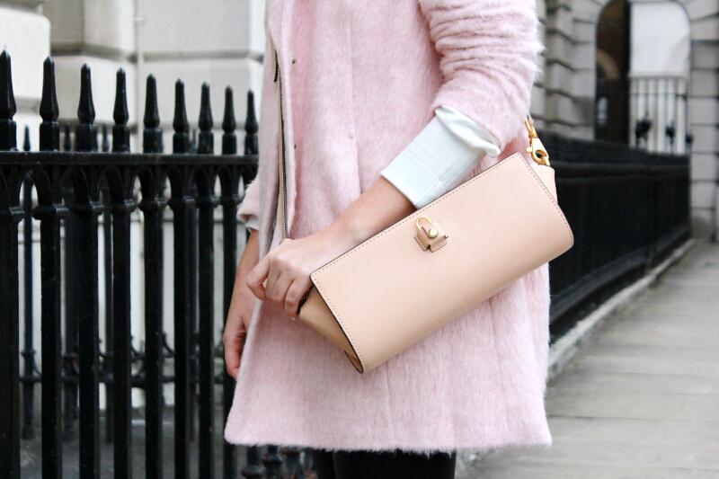 pink_coat_LFW