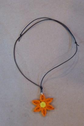 11_Quilling Halskette aus Altpapier