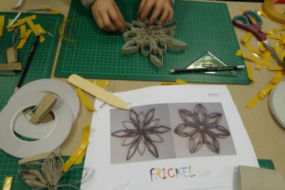 Sterne aus Klorollen Basteln Kinder Metzler Frankfurt (16)