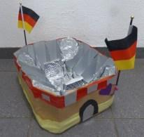 FRICKELclub_EM_Fußball_Snackstadion_Tetra Pak_Kinder_Recycling_basteln_DIY_Offenbach (15)