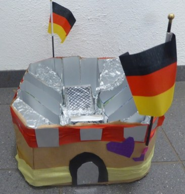 FRICKELclub_EM_Fußball_Snackstadion_Tetra Pak_Kinder_Recycling_basteln_DIY_Offenbach (16)