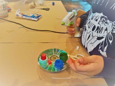 FRICKELclub_Kinder_Geburtstag_Ufos_Roboter_Aliens_Recycling_DIY_Basteln_ (45)