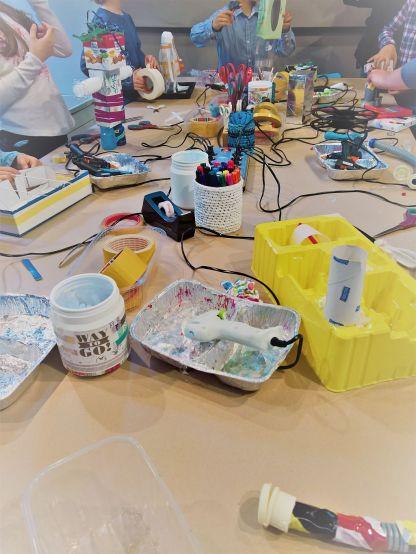 FRICKELclub_Kinder_Geburtstag_Ufos_Roboter_Aliens_Recycling_DIY_Basteln_ (7)