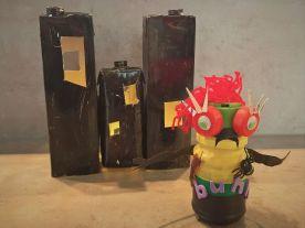 FRICKELclub_Halloween_Recycling_Basteln_Kinder_Tetra Pak_Geisterstadt_Windlicht (3)