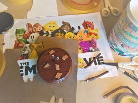 FRICKELclub_Recycling_Geburtstagsbasteln_Kinder_Emojis_Figuren (19)