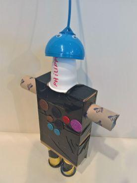 FRICKELclub_Recycling_diy_Geburtstagsbasteln_Roboter (11)
