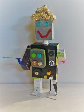 FRICKELclub_Roboter_Aliens_Spardosentiere_Upcycling_diy_Geburtstag (2)