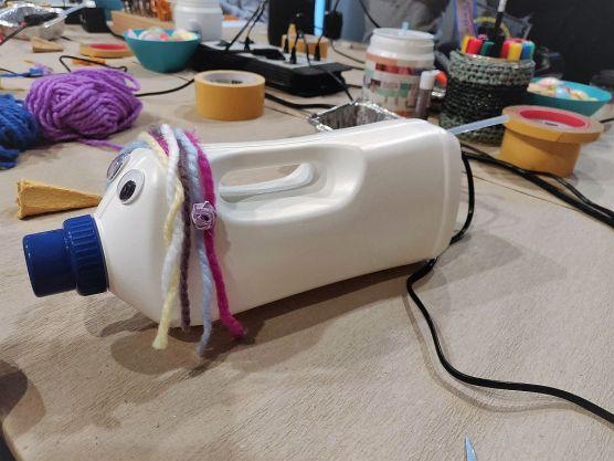 FRICKELclub_privater_Upcycling_Workshop_Spardosentiere_Waschmittelflaschen (12)
