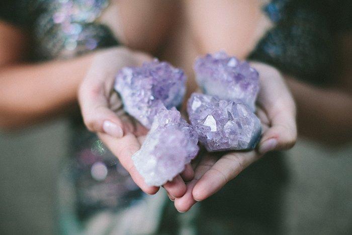 Neue Hochzeitsdeko Steine und Kristalle