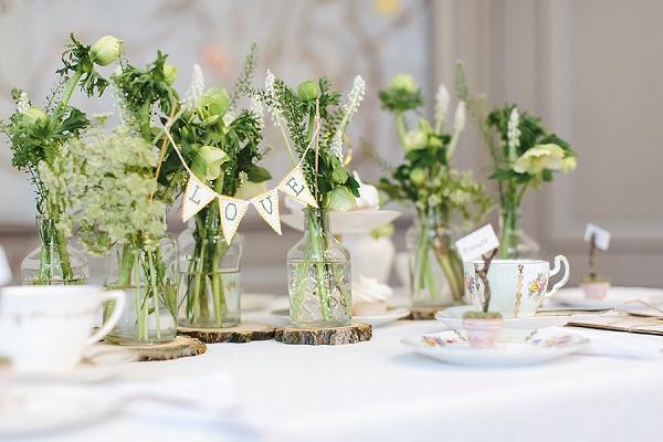 Eine grne Vintage Hochzeitsinspiration