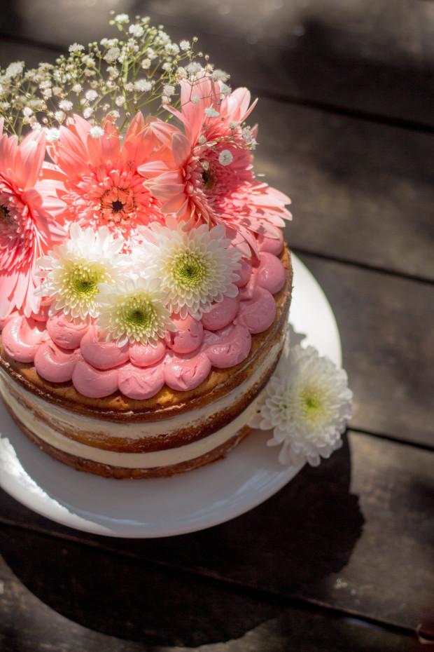 Hochzeitstorten mit Blumen fr den Sommer  Friedatherescom