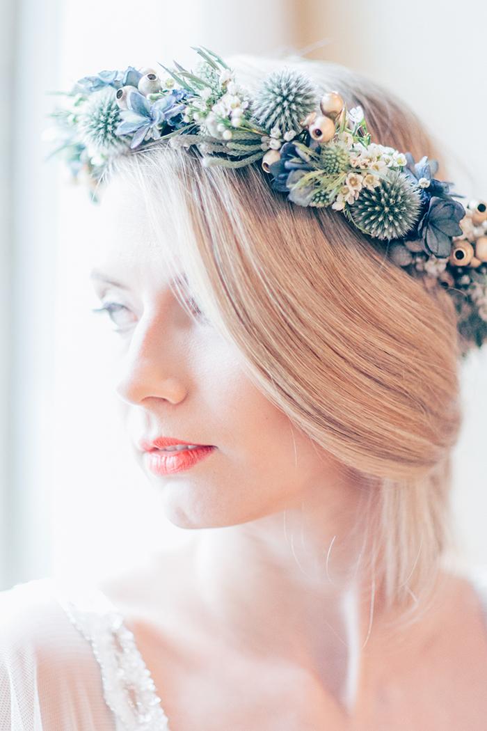 Hochzeitsinspiration in Blau und Gold