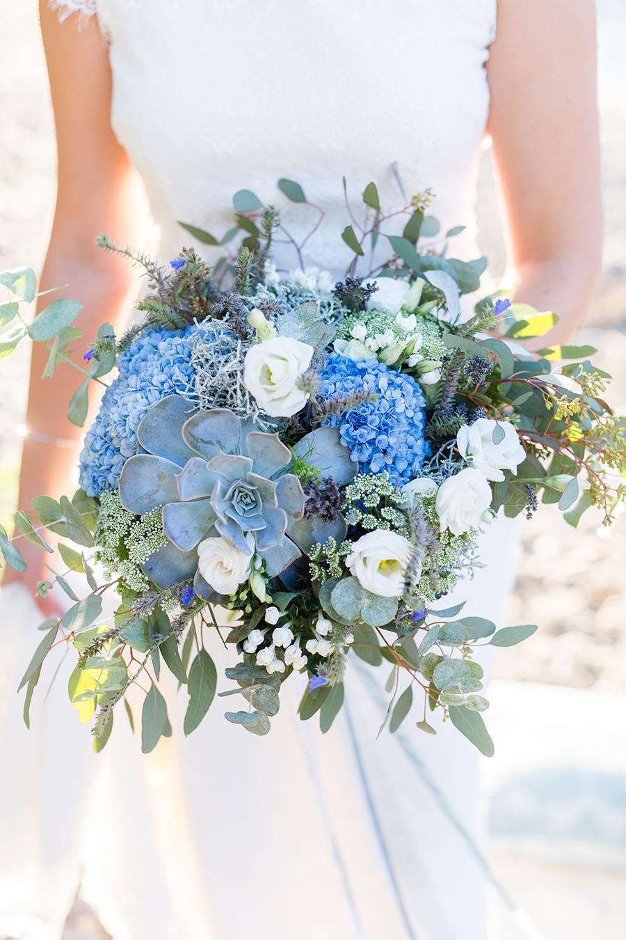 Brautstrauss Blaue Rosen
