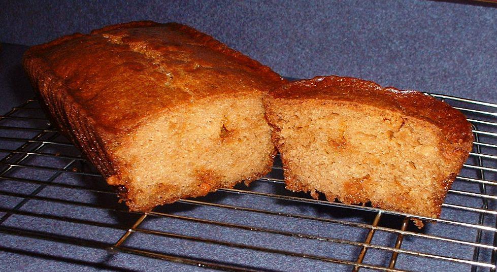Butterscotch Amish Friendship Bread by Becky Lewis ♥ friendshipbreadkitchen.com