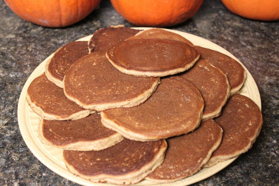 Amish Friendship Bread Pancakes by Shari ♥ friendshipbreadkitchen.com