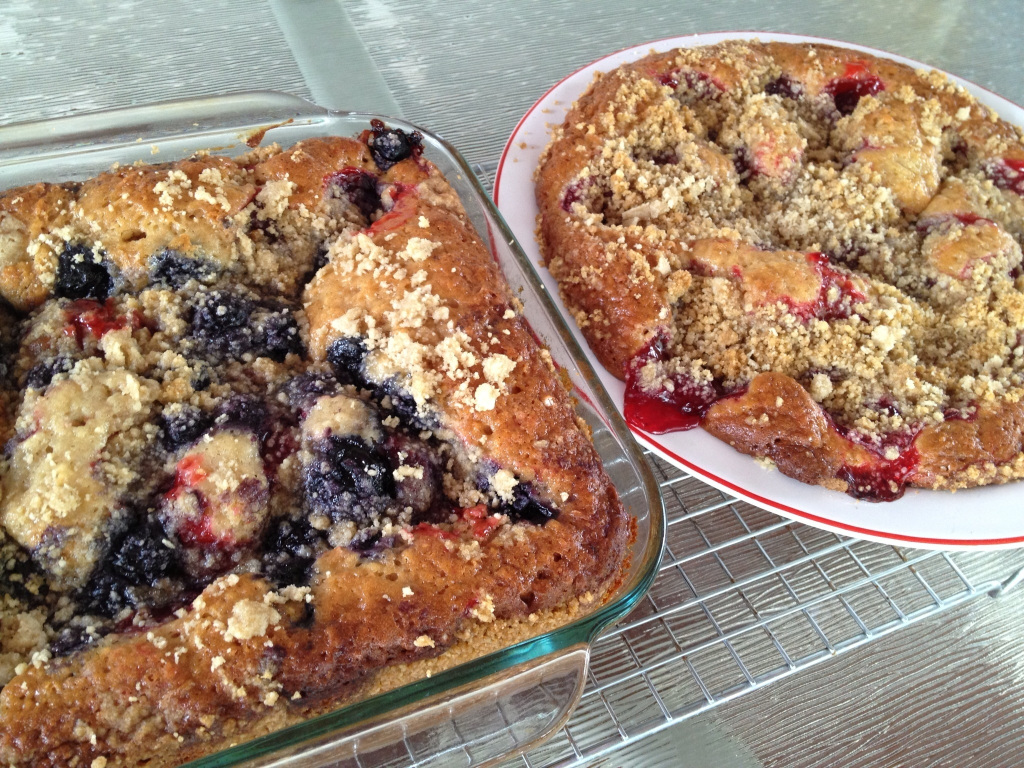 Berry Cheesecake Amish Friendship Bread by Paula Altenbach | friedshipbreadkitchen.com