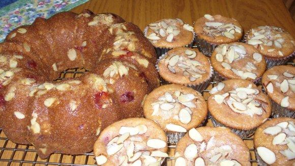 Cherry Almond Amish Friendship Bread Kathy Opel ♥ friendshipbreadkitchen.com