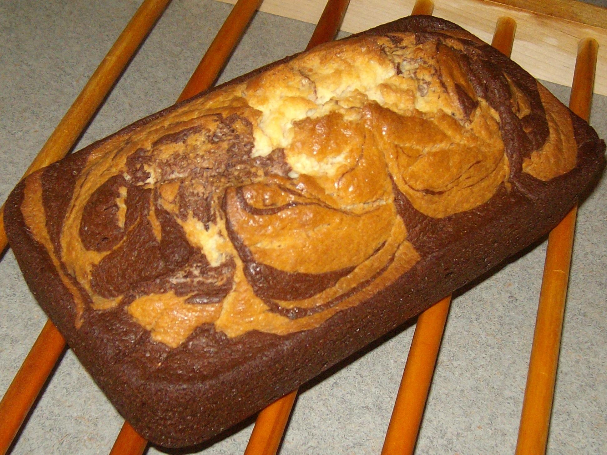 Chocolate White Chocolate Marble Amish Friendship Bread by Kira Endicott   friendshipbreadkitchen.com
