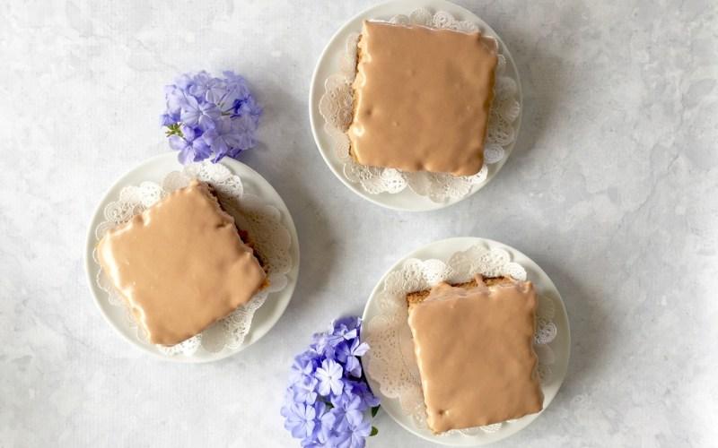 Earl Grey Amish Friendship Bread Tea Cakes
