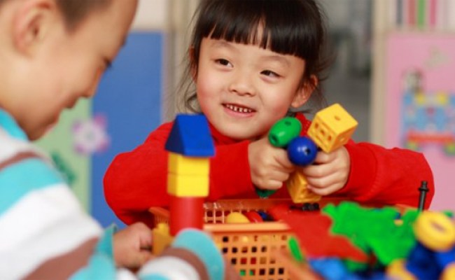 5 Toys To Promote Problem Solving For A Child With Special