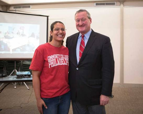 Amira Mohamed with Philadelphia mayor-elect Jim Kinney at Friends Center for the mural dedication, December 2015 (Photo Steve Weinik).