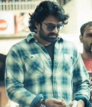 Prabhas Unseen Photo with New Look - Friendsmoo