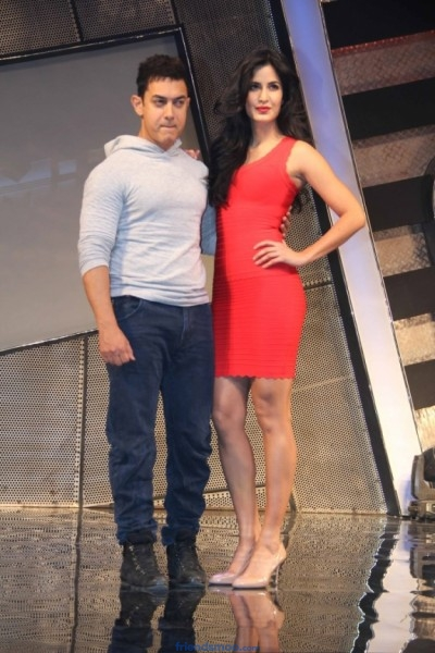 Aamir Khan and Katrina Kaif Launch Dhoom 3 Movie  Merchandise