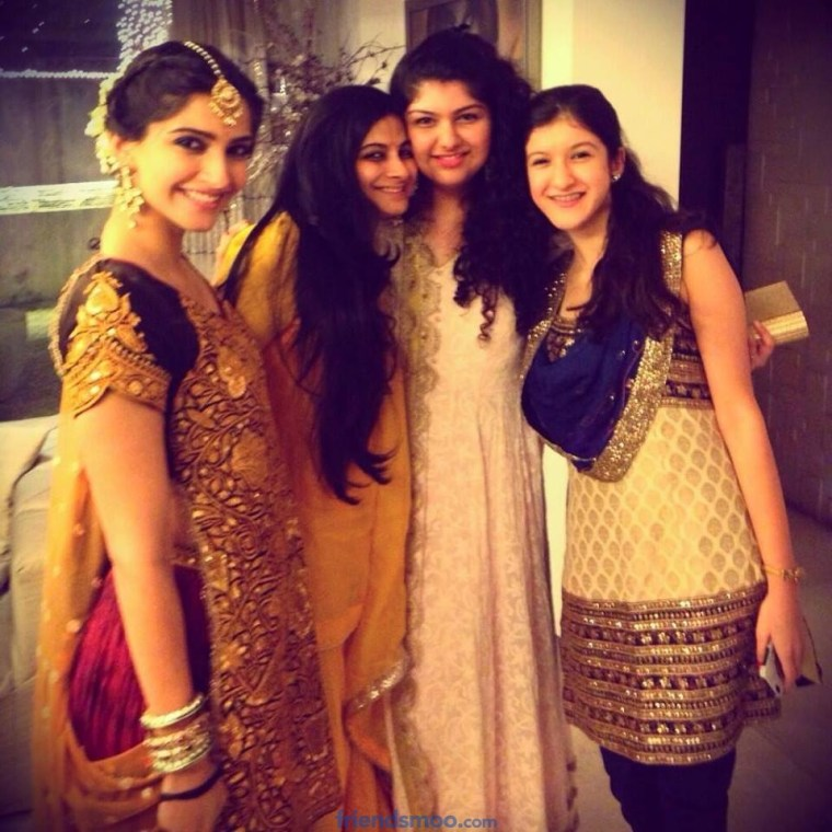 Sonam Kapoor with Family