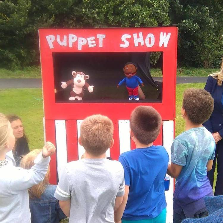 Interact-Arts CIC Puppet Workshop & Show