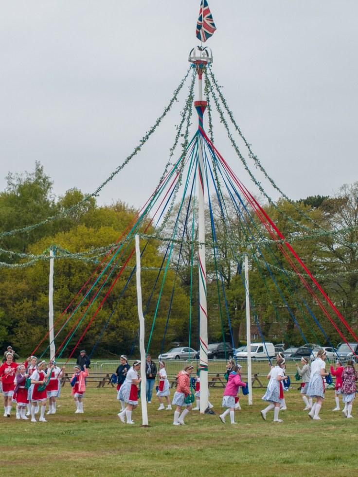Maypole dance