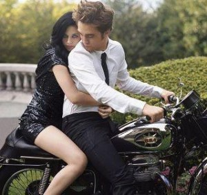 Lovers Girl And Boy Wallpaper A Girl And A Guy Are On A Motorcycle Friendship Is