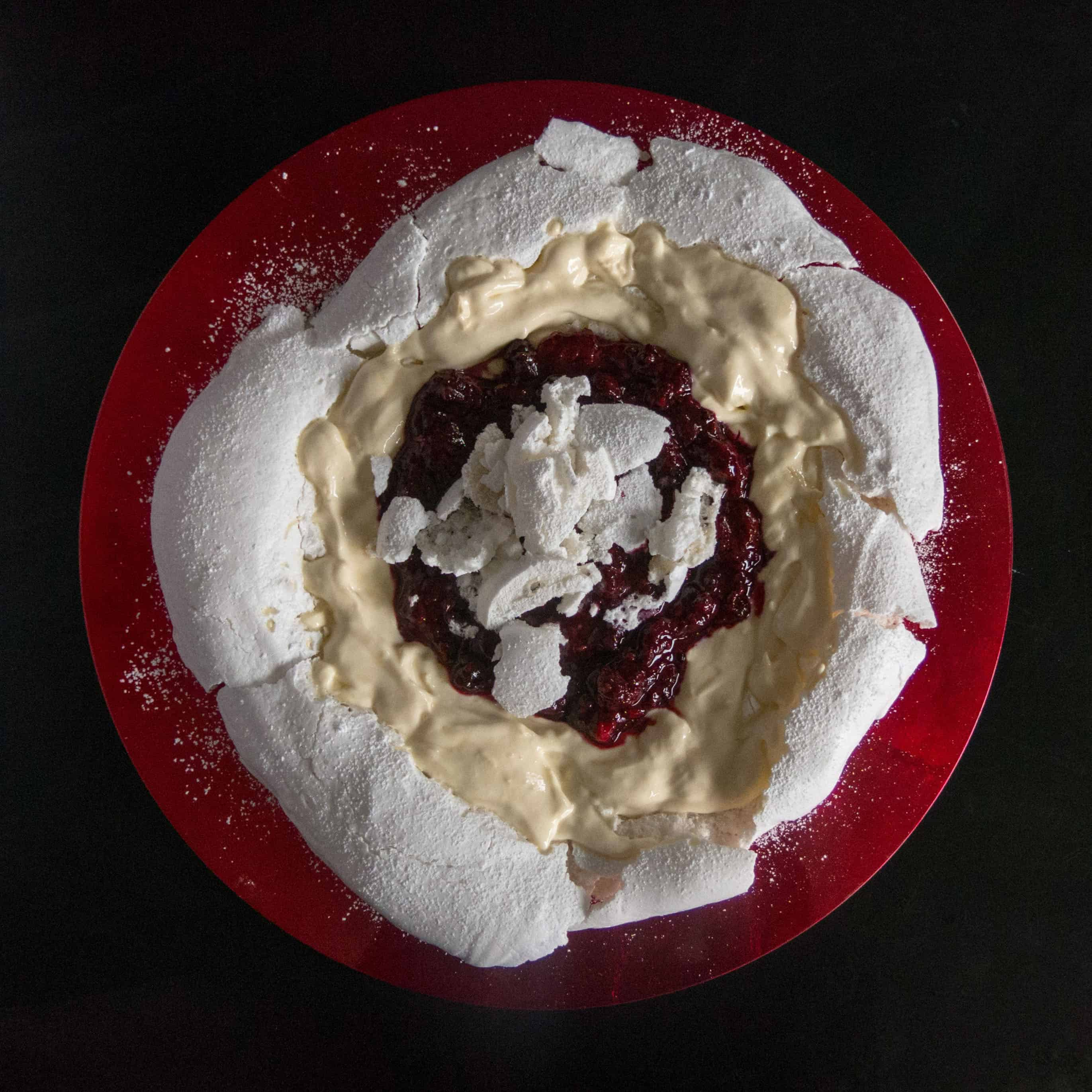 Vegan meringue. Gluten free, vegan Pavlova with vegan cream and fresh berries