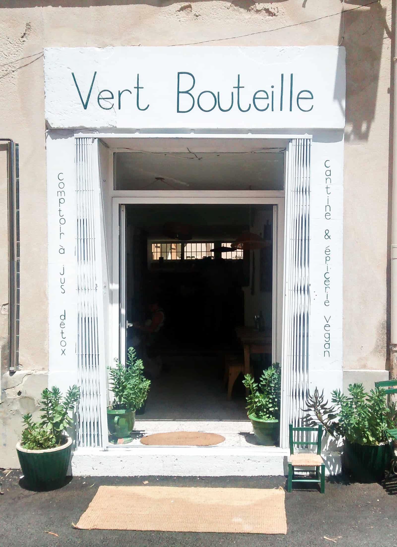 La Boutielle Restaurant. Vegan. L'Isle sur la Sorgue, France