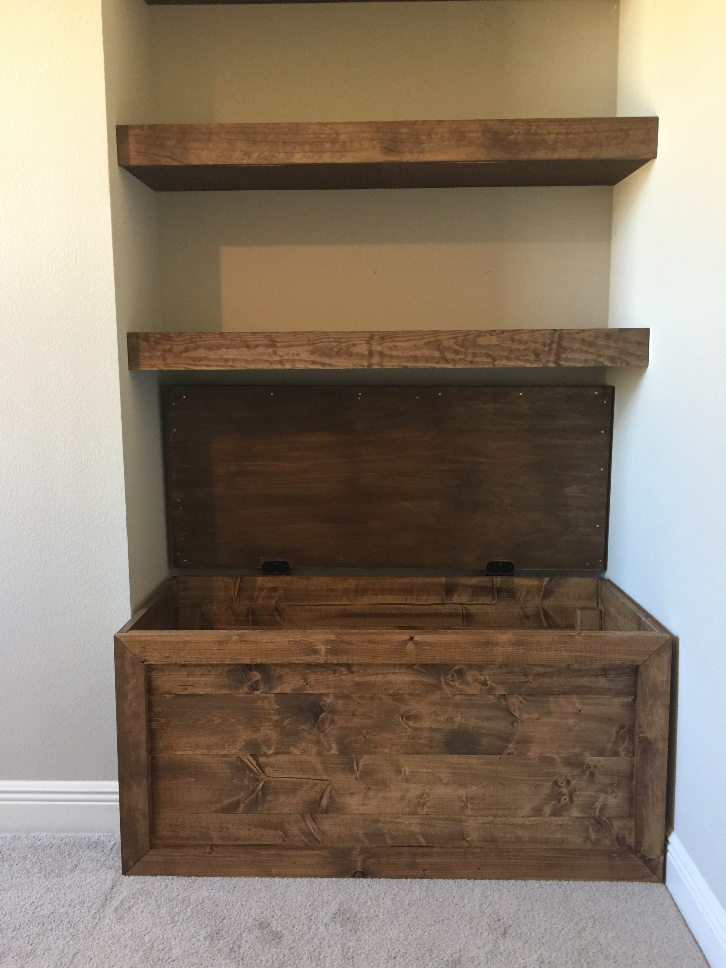 easy diy toy box - frills and drills