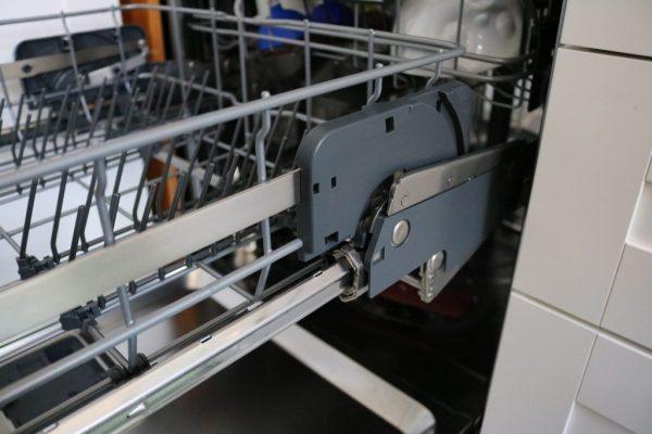 AEG-Comfortlift-Geschirrspülmaschine-im-Test-1
