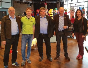 Klaus Hoffmann, SSBK, Lars Görgens, DJK Wiking, Reinhard Zöllner, Bezirksbürgermeister, Hans-Joachim Liss, City-Center Chorweiler, und Christine Kupferer, Sportjugend Köln