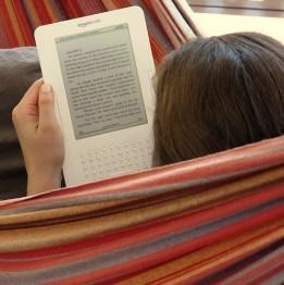 E-Books lesen (Foto: TheCreativePenn/Flickr)