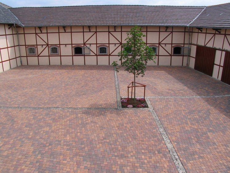 Neuer Innenhof fr einen Bauernhof